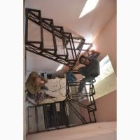 Металлический каркас под лестницу. Броневик Днепр