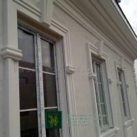 Обрамление окон, фасадный декор из пенополистирола