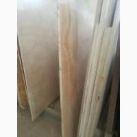 Мармурові сляби і плитка з мармуру. Мармур, активно використовується в сучасному будівницт