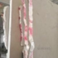 Мрамором облицовываются полы, стены, потолки лестницы, подоконники, цоколи, ванные
