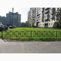 Ограждения металлические газонные решетчатые